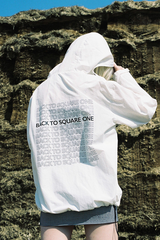 BACK TO SQUARE ONE ANORAK - WHITE