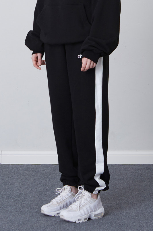FW17 SWEAT PANTS (BLACK)