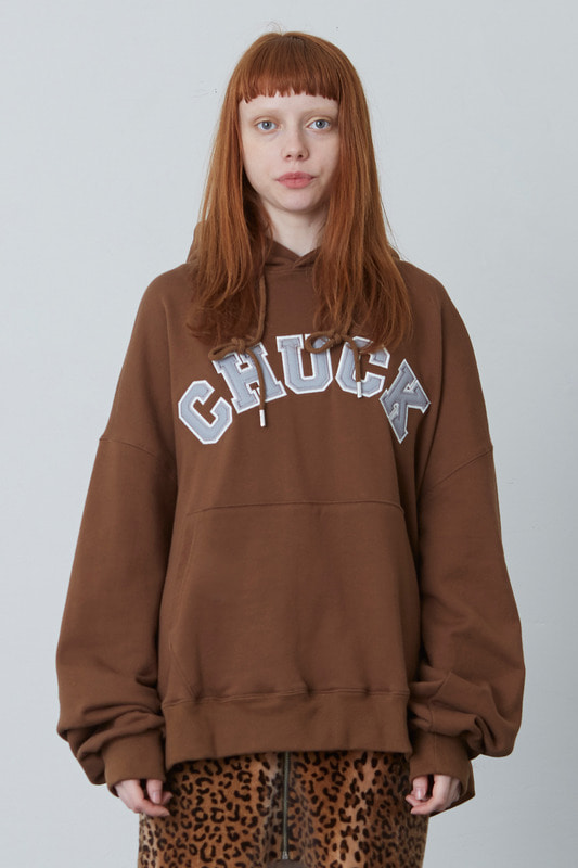 FW17 ROUND CHUCK LOGO HOODY (BROWN)