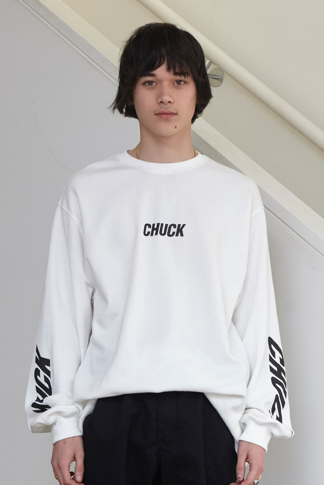 18FW CHUCK SLEEVE PRINTING L-S T (WHITE)