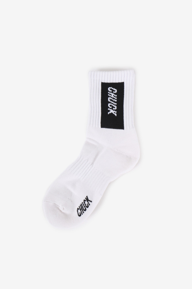 CHUCK BOX LOGO SOCKS (WHITE-BLACK)