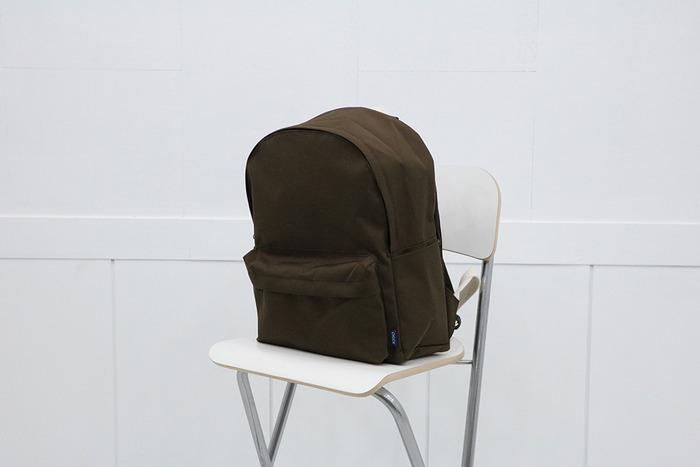 school backpack (brown)