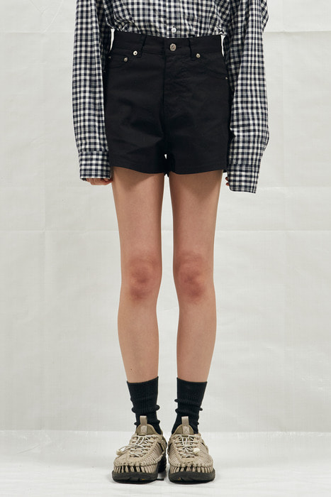 18SS W BLACK DENIM SHORT PANTS (BLACK)