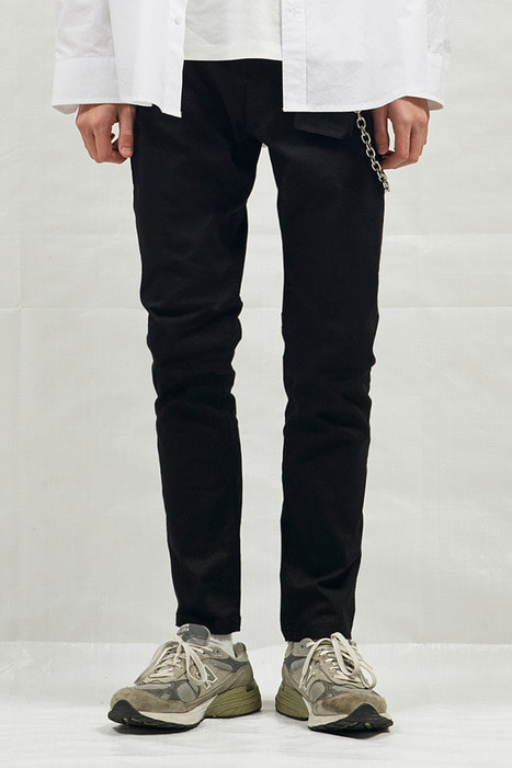 18SS BLACK DENIM STRAIGHT JEAN (BLACK)