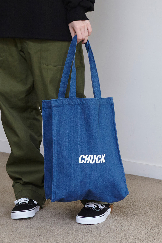 CHUCK LOGO DENIM TOTE BAG (BLUE)
