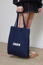 CHUCK LOGO DENIM TOTE BAG (NAVY)