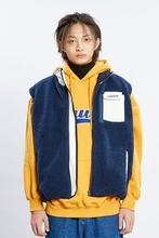 18 WINTER CHUCK SHERPA FLEECE ZIPUP VEST (NAVY)