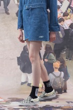 19FW CHUCK DENIM SKIRT (BLUE)